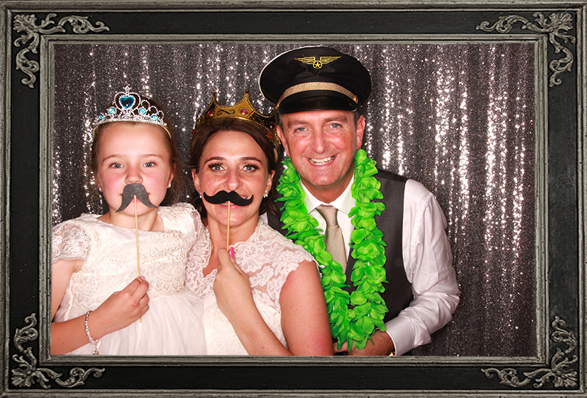 photo booth review of wedding in Glasgow Scotland Odd Box