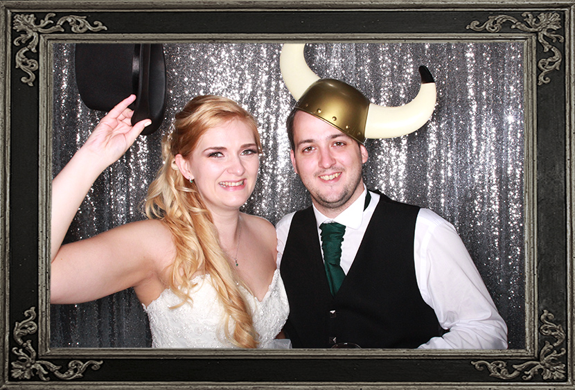 photo booth review of wedding in Glsagow Odd Box