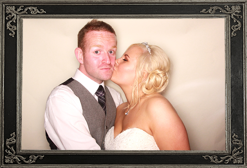 photo booth review wedding in Fife Scotland Odd Box