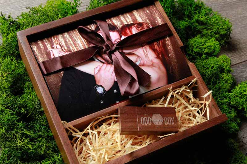 Wooden Memory Box with prints and USB Drive Custom