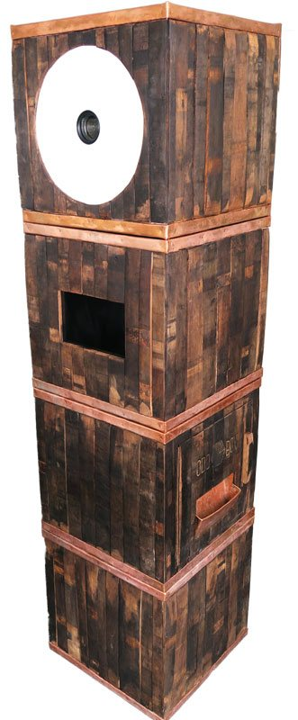 whisky barrel photo booth, odd box photo booth, made from whisky staves, wooden, wedding, rustic, vintage wedding, open air booth, small photo booth