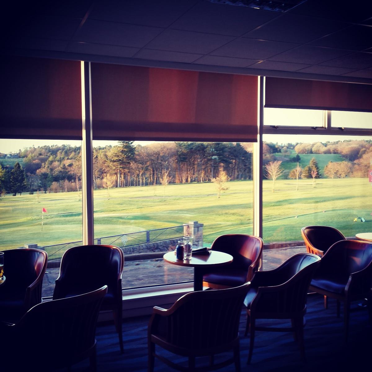 Airdrie Golf Club Open Air Photo Booth Odd Box