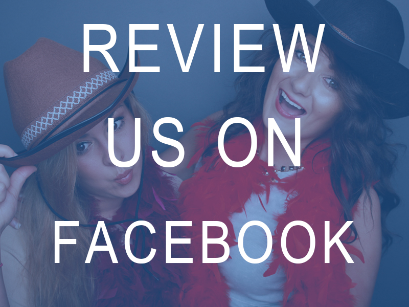 Review Facebook Odd Box Photo Booth