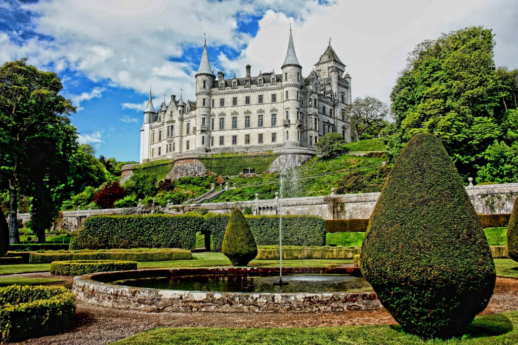 dunrobin-Castle-Scotland
