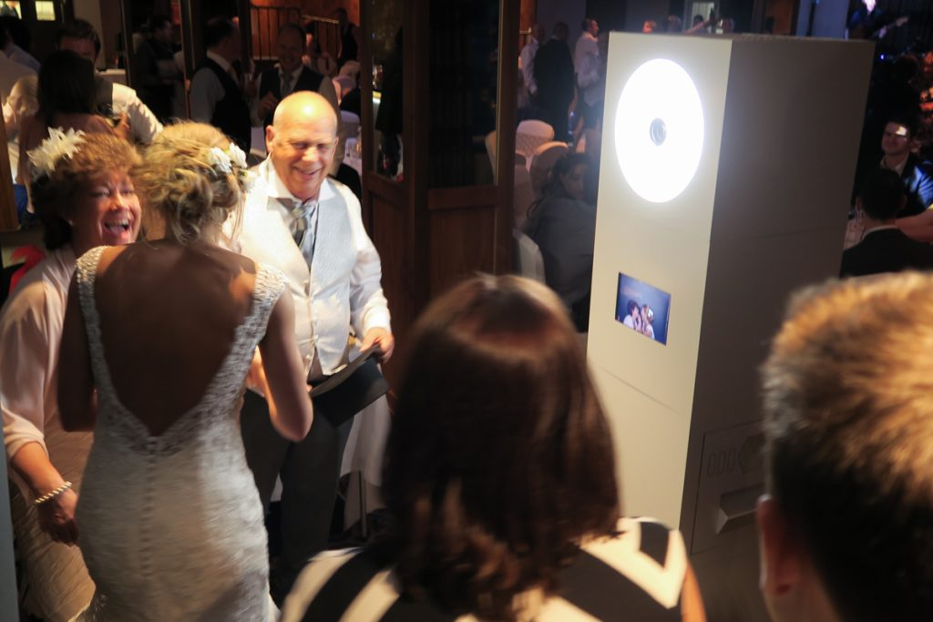 timing your wedding photo booth hire in Scotland